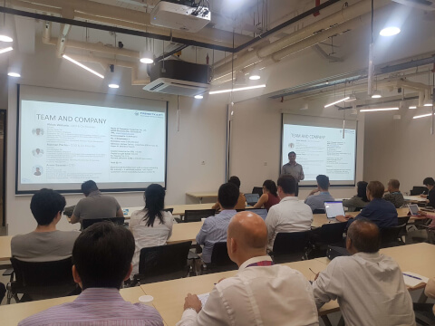 Startup Pitching at AngelCentral Singapore Pitch Day